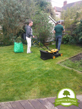 Lawn Mowing Specialists in Stockport